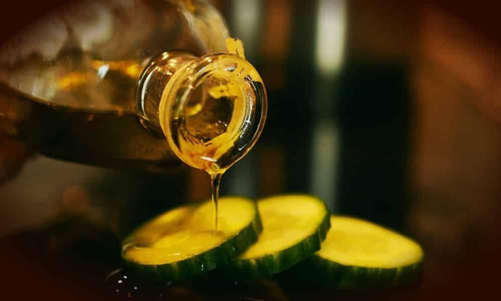 Skin Care Living - Custom Skin Care Regimen with Castor Oil