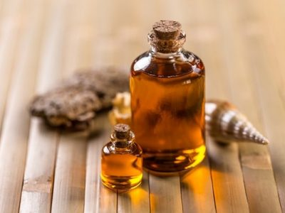 Argan oil has a lot of benefits for face care.