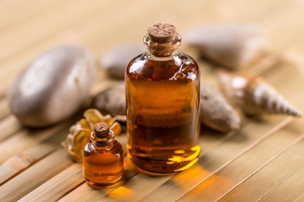 Use cosmetic Argan oil for body care.