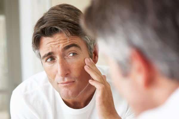Apply Argan oil on skin to prevent premature skin aging.
