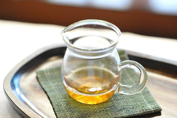 Learn how to create castor oil recipes for face care.